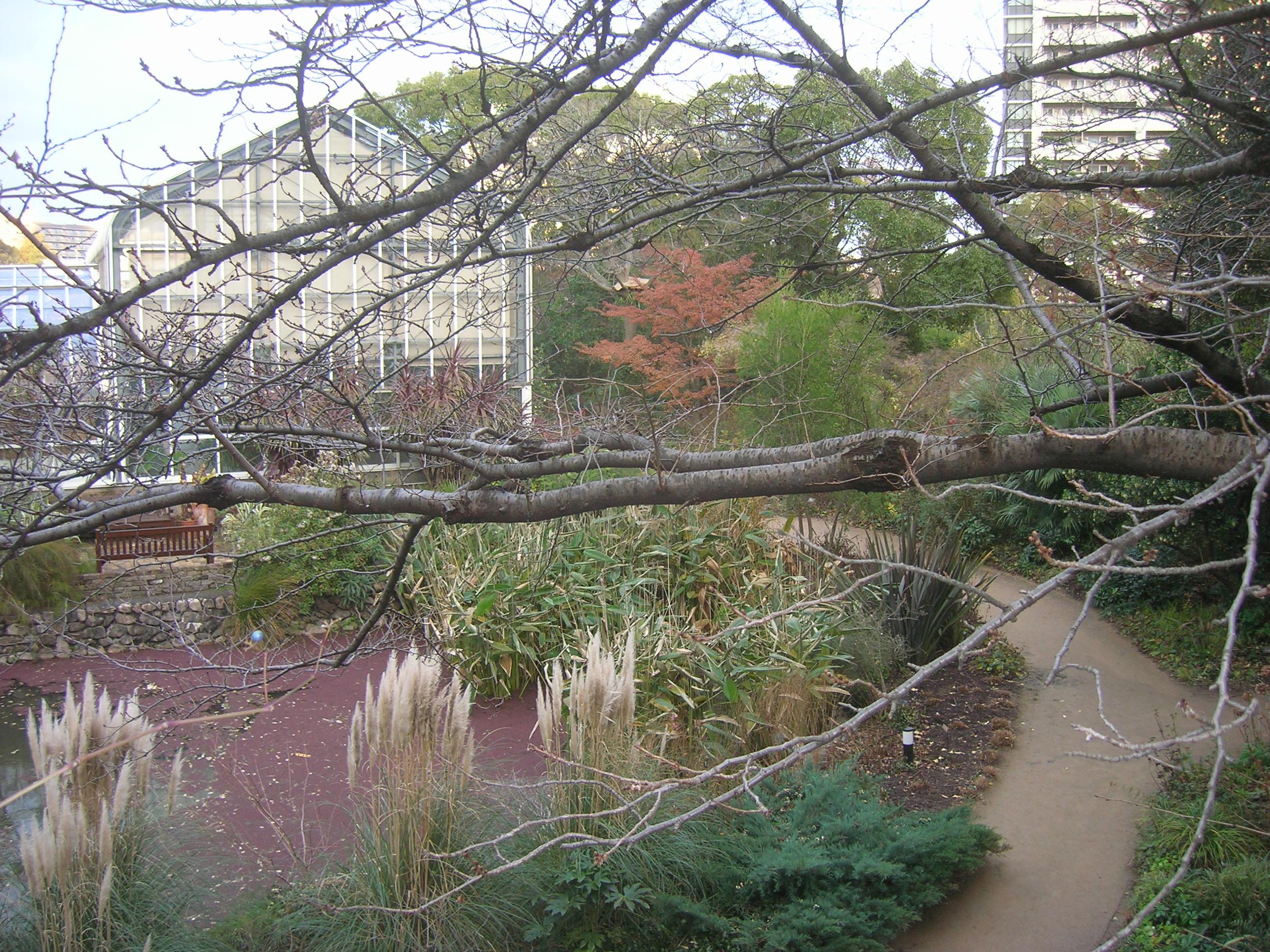 宝塚ガーデンフィールズ内英国風庭園『シーズンズ』