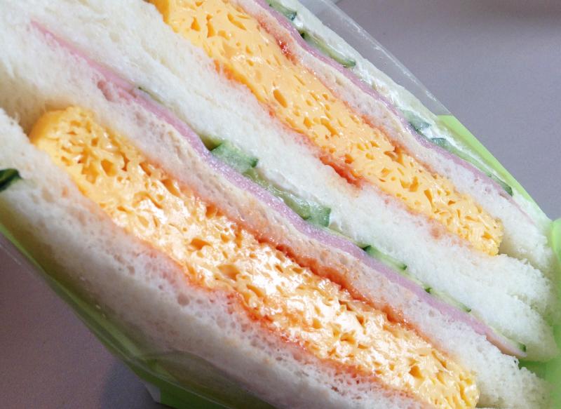 ローソンのハムと玉子焼きサンドイッチ(拡大)