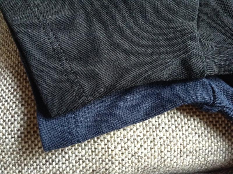 ユニクロスーピマコットン 袖の比較
